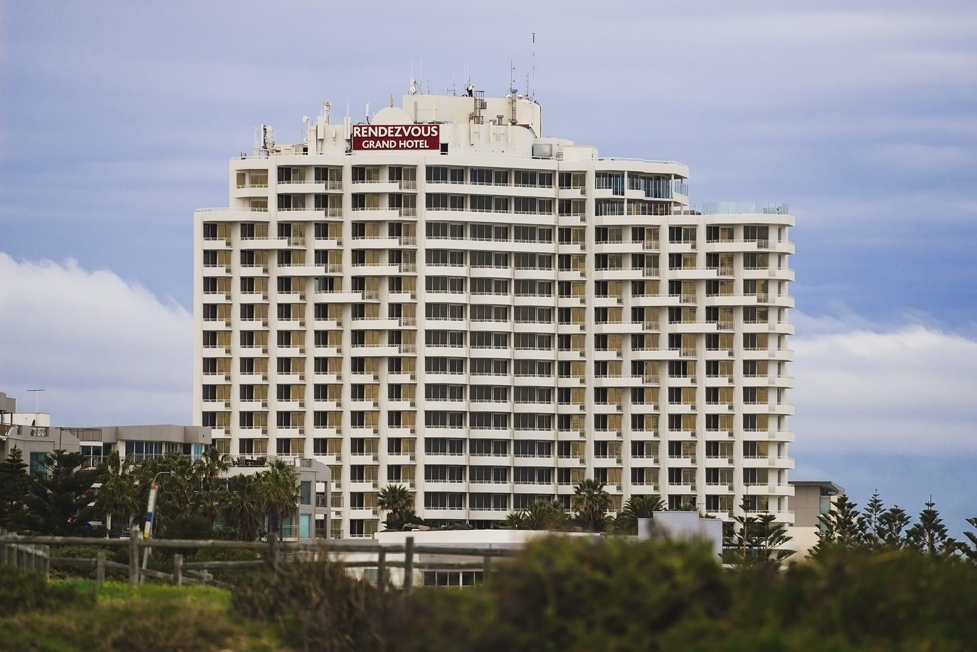 ren-hotel